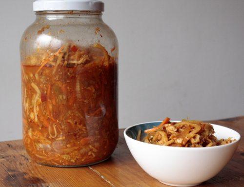 Kimchi coreano (fermentados de col, cebolla y zanahoria)